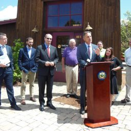 Governor Shumlin noting that the new policy applies to any contract over $25,000, which captures at least 97 percent of state contracting dollars.