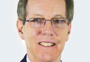 Lee Brings 30 Years of Investment Experience to Professional Financial Associates