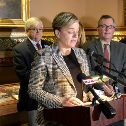Jen Kimmich at press conference, Vermont State House